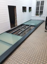 Les Métalliers Normands vous présente la nouvelle tendance : Le plancher vitré