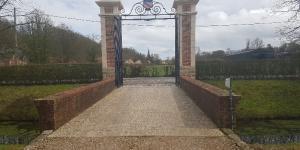 Grand portail de château par Les Métalliers Normands en Seine-Maritime